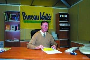 Bureau vallée et son fondateur obtiennent une distinction