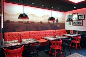 Intérieur de restaurant franchisé Buffalo Grill