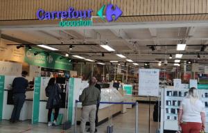 Shop-in-Shop Carrefour Occasion aux Ulis (91) en partenariat avec la franchise Cash Converters