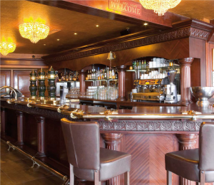 Comptoir de pub-brasserie en franchise Au Bureau