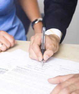 Signature contrat de franchise