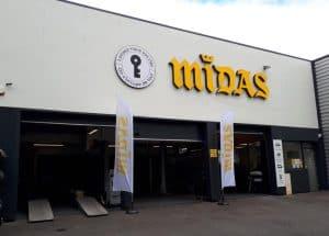 Centre auto en franchise à l'enseigne Midas à Pierrelaye dans le Val d'Oise