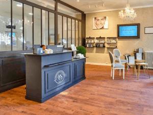Salon de beauté en franchise à l'enseigne L'Atelier du Sourcil - intérieur