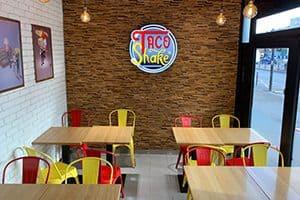 Franchise de restauration rapide TacoShake, intérieur de restaurant