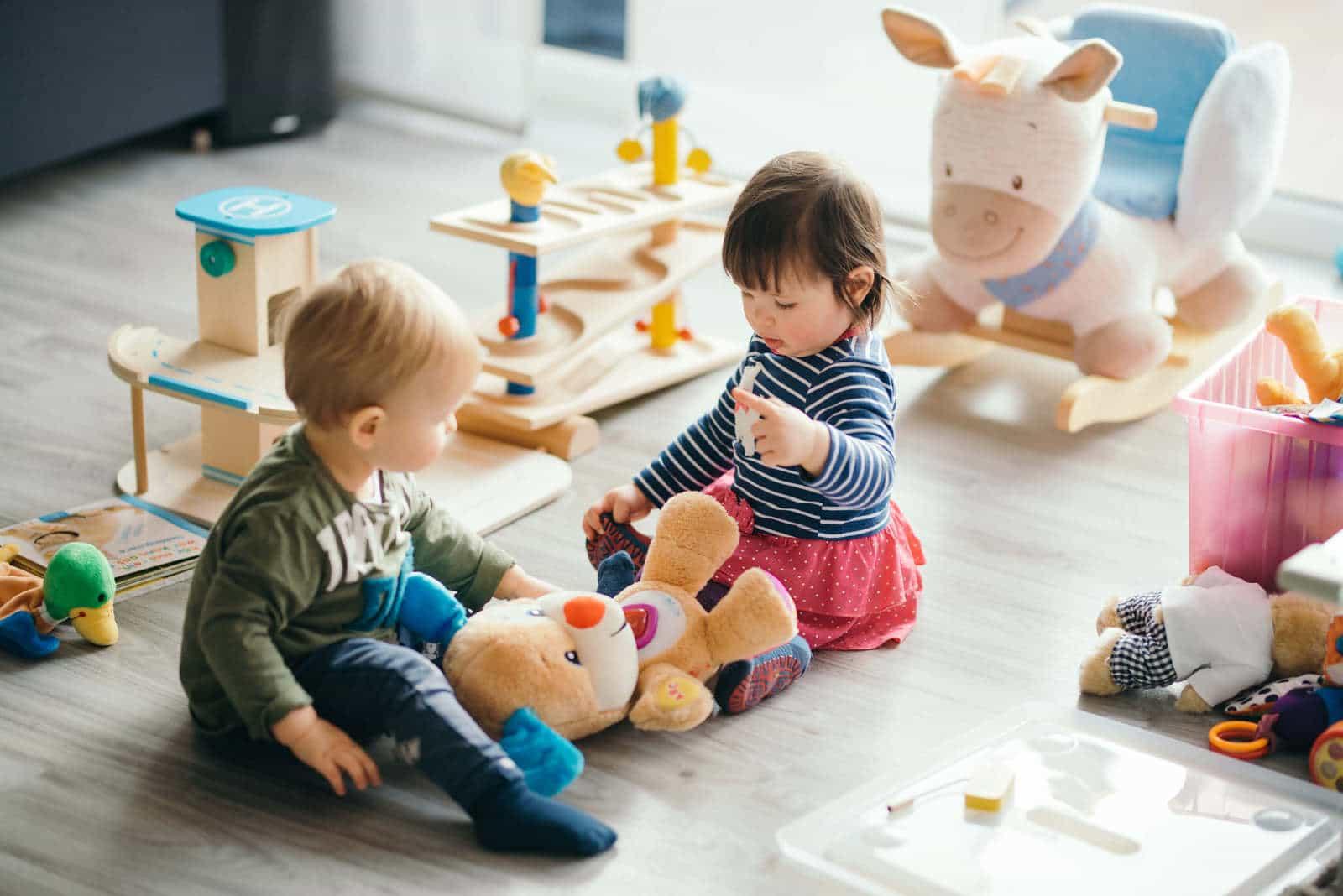ouvrir une agence de garde d enfants en franchise quel r seau choisir. Black Bedroom Furniture Sets. Home Design Ideas