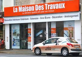 LA MAISON DES TRAVAUX – EXTERIEUR