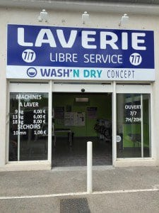 wash'n-Dry-franchise-devanture-1